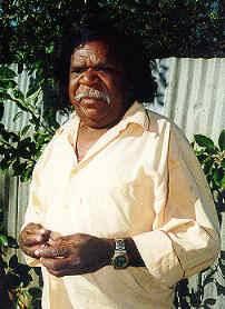 Clifford Possum Tjapaltjarri (1932–2002)
