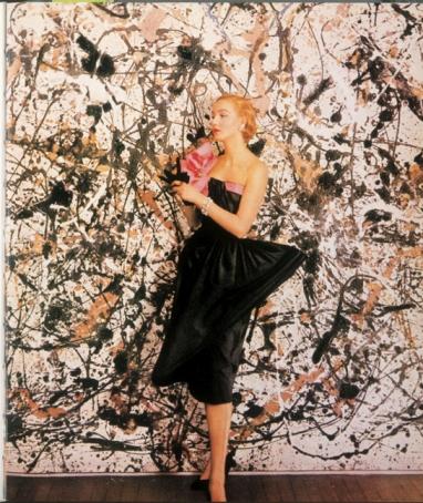 Foto ante un Pollock de 1951 para Vogue