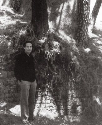 Octavio Paz en Kasauli, India, 1968 Foto Revista de la Univ de México